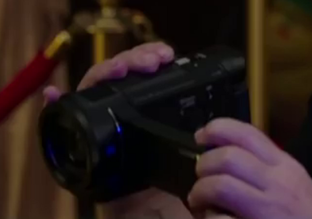 File:GB2016Sony4KCamcorderSc01.png