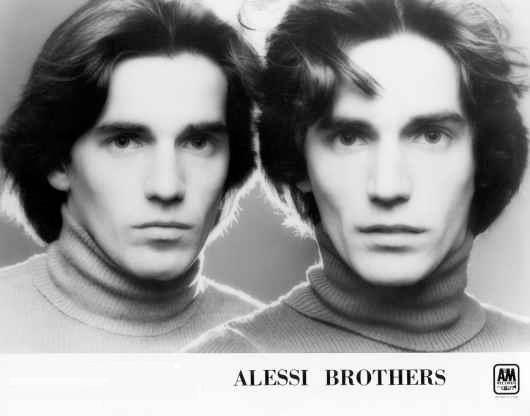 File:AlessiBrothers02.jpg