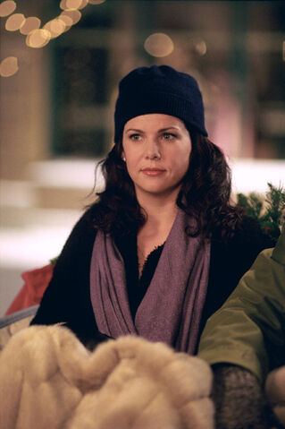 File:Lorelai snow.jpg