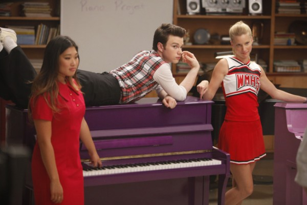 File:Glee-PurplePianoProject-Tina-Kurt-Brittany-600x400.jpeg