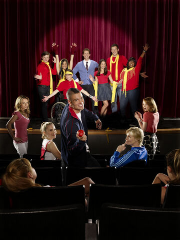File:Glee+Cast+Glee.jpg