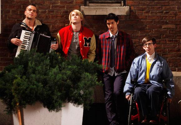 File:Glee bella notte.jpg