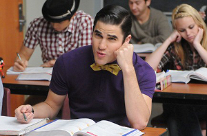 File:Glee-s3e16-blaineclass1.png
