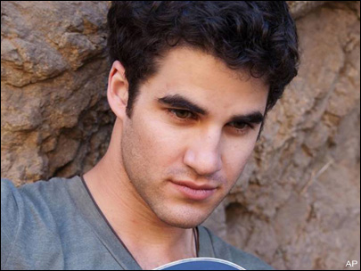 File:101115 darren criss.jpg