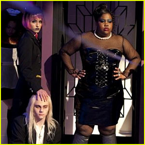 File:Glee-rocky-horror-behind-the-scenes-look.jpg