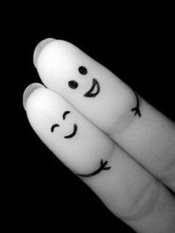 File:Fingers-hug-wallpaper1.jpg