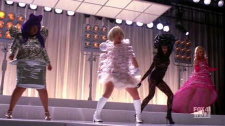 File:Glee bad romance-450x253.png