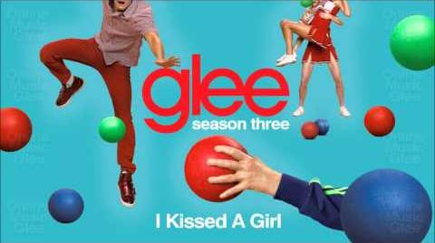 I kissed a girl - Glee Santana and Rachel HD Full Studio