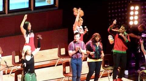 Glee Live- Sweet Caroline