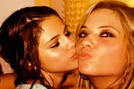 File:Selena gomes.jpg