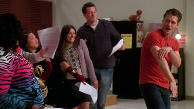 File:Glee - Golddigger.jpg