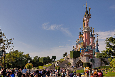 File:Disneyland Park (Paris).jpg