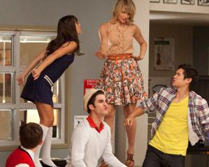 File:Glee TGIF 300111026130044.jpg