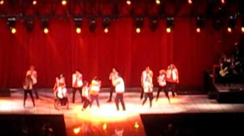 Glee Live! 2011 Boston- Don't Stop Believin'