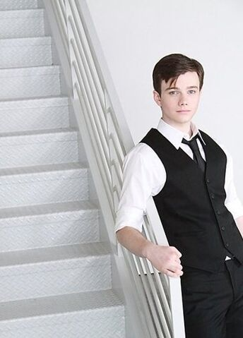 File:Oct-27-2009-Photo-Shoot-chris-colfer-9158801-397-553.jpg
