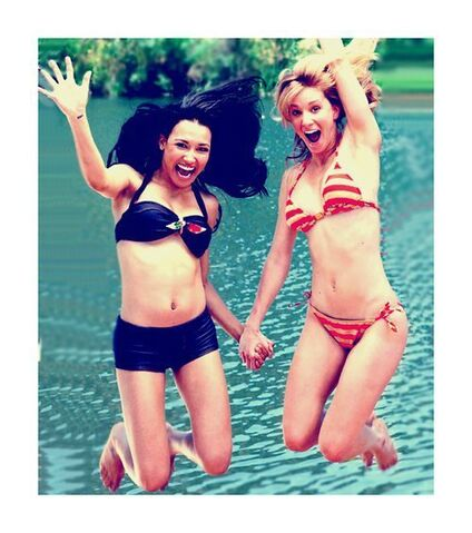 File:Britt and Santana.jpg