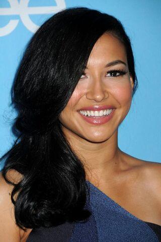 File:-Glee-Season-2-Premiere-Screening-And-DVD-Release-Party-naya-rivera-15386426-1707-2560.jpg