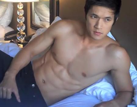 File:Glee-guys-shirtless-05092011-26.jpg
