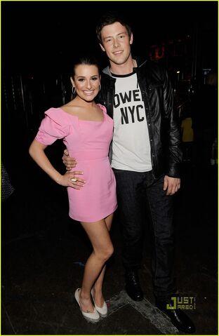 File:Lea-Michele-Cory-Monteith-Kids-Choice-Awards-2010-glee-11136542-796-1222.jpg