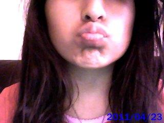 File:Kissy Face!.jpg