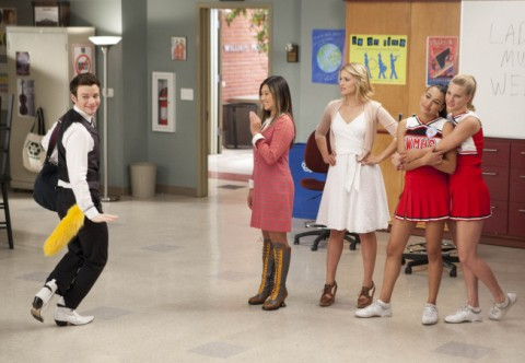 File:Glee-i-kissed-a-girl-pictures-480x332.jpg