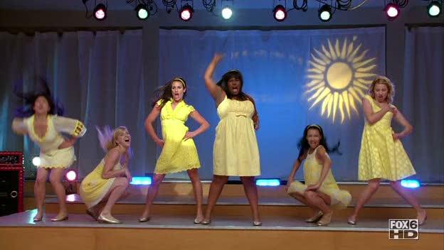 File:Glee - Halo.jpg