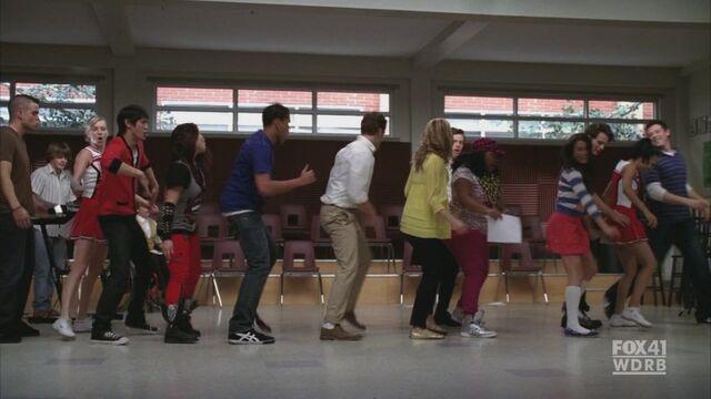 File:Glee117 0145.jpg