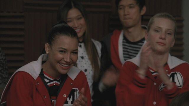 File:Glee310 0684.jpg