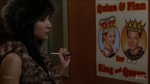 File:Santana vandalizing quinns poster.jpg