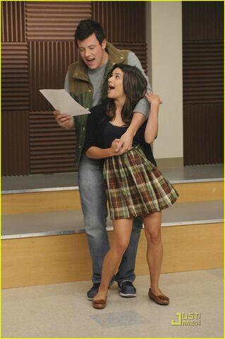File:Glee-encore-dvd-04.jpg