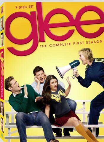 File:Glee s1 dvd.jpg