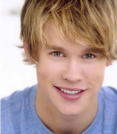File:Chord-Overstreet on glee.jpg
