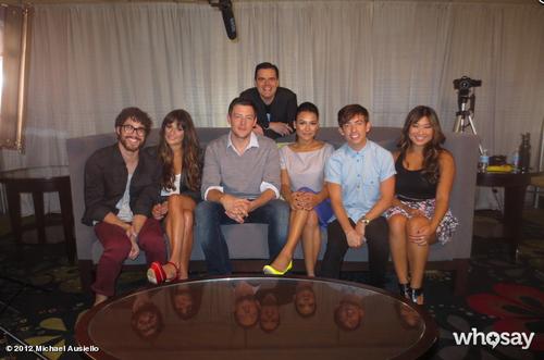 File:Comedic Cast.png
