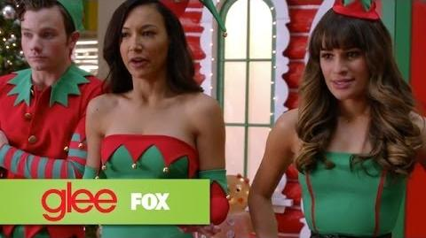 "Full Performance of ""Here Comes Santa Claus"" from ""Previously Unaired Christmas"" GLEE"