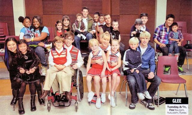 File:Glee mini me s by d cherry-d32ssi0.jpg