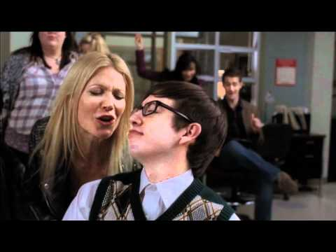 File:Img 201 glee-do-you-wanna-touch-me-full-performance-feat-gwyneth-paltrow-airs-38.jpg