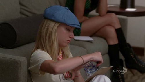 File:Brittany drawing a CUP.png