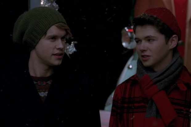 File:Glee-Christmas-Sam-Rory.jpg