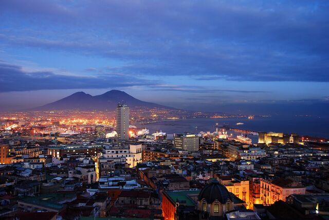 File:Golfo-napoli-tramonto.jpg