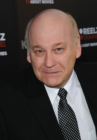 File:Serge Houde Premiere ReelzChannel Kennedys o5y3M2TQQMBl.jpg