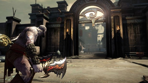 File:Kratos with chaos.jpg