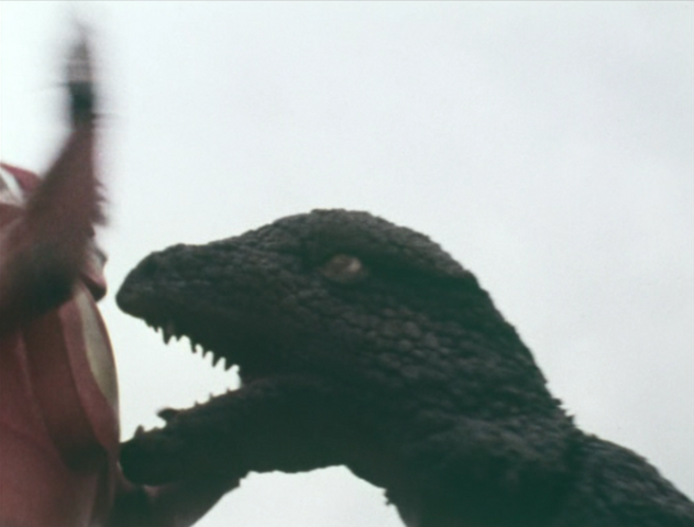 File:Go! Godman - Episode 6 Godman vs. Gorosaurus - 18 - The look of fear.png