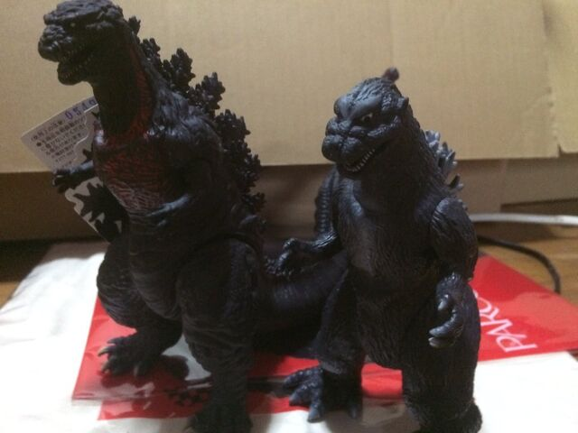 File:Godzilla with shodai.jpeg
