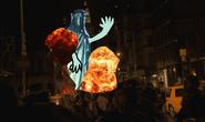 Statue of Libert attacking New York