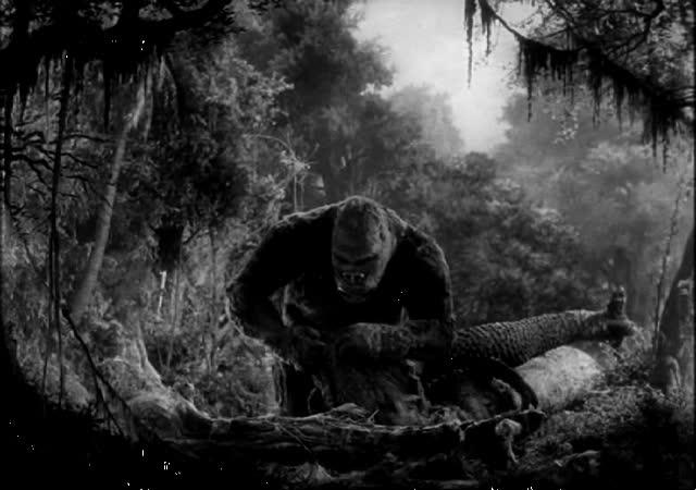 File:Kong Breaks T-Rex's Jaw.jpg