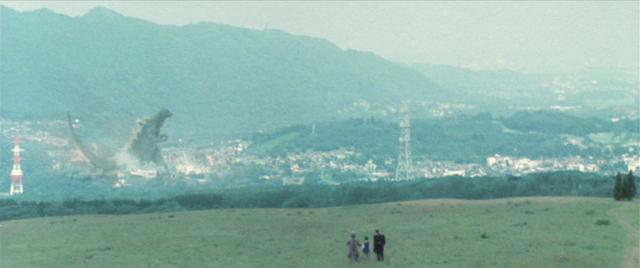 File:GFW - Godzilla Attacks City.png