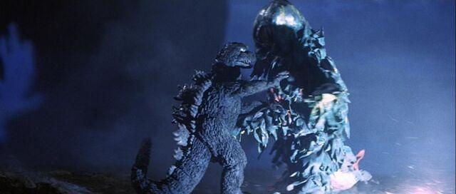 File:Godzilla pushing Hedorah.jpg