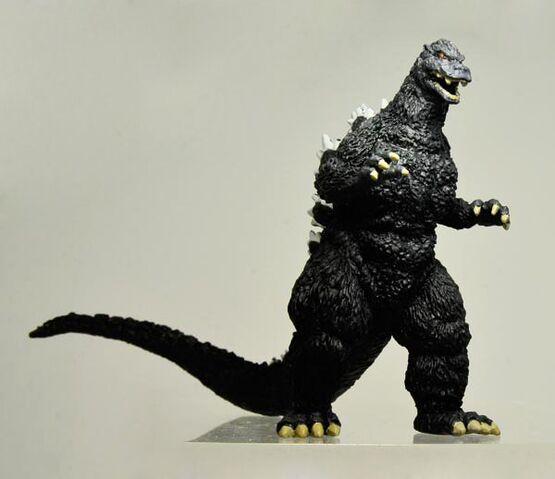 File:Bandai HG Shin Gojira Godzilla 1989.jpg