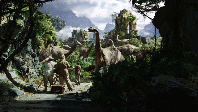 File:Brontosaurus-kong-2005.jpg