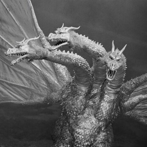 File:Godzilla.jp - 12 - GiganGhido King Ghidorah 1972.jpg